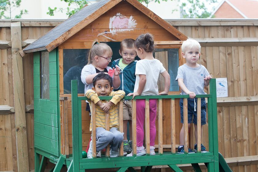 Outdoor play at Eastleigh Pre-school